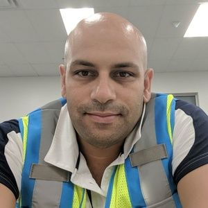 Meet your Posher, Imad